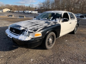 2011 FORD CROWN VICTORIA 2FAFP7BV4BX104121