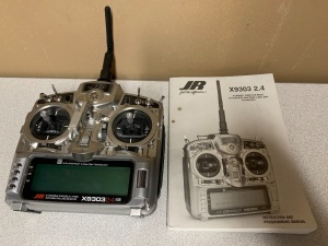 JR X9303 2.4GHz Radio with Manual