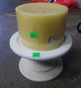 "Yankee Candle 6"" Candle Holder W/ Buttercream"