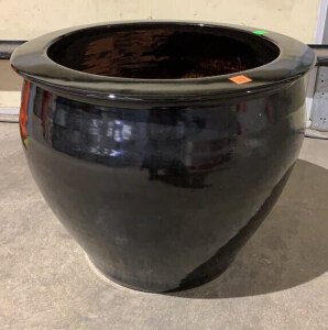 Big Pottery Urn 18x17 With Stand