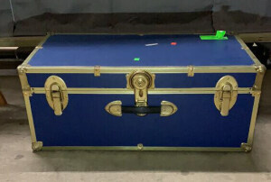 Blue Trunk 30x16x13 Locked