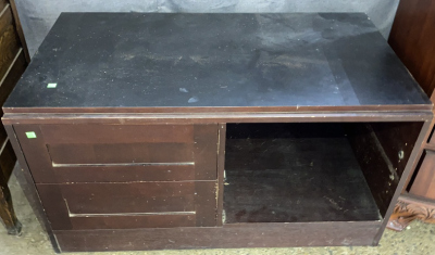 Incomplete Tv Stand 42x23x23