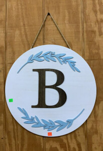 "18"" Round Whitewash B Initial Wall Hanging"