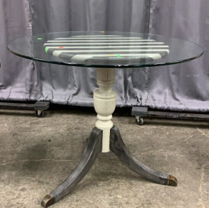 Painted Mahogany 3 Legged Pedestal Table With