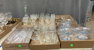 Glass Decanter & Wines + 4 Etched Stems + Large