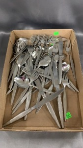 54 Pcs Stainless Flatware Community