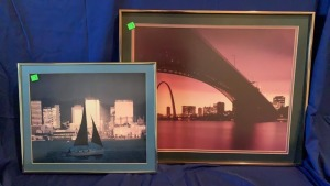 2 Framed City View Photos Largest Measures 22x18