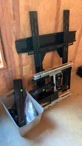 Large Tv Mount Measures 29 Inches Tall And