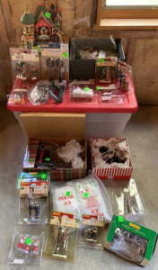 1 + Accessories Lemax Christmas Villages,